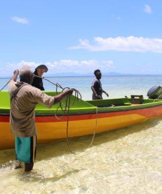 Marovo Lagoon boat trip