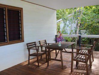 Evis Resort veranda